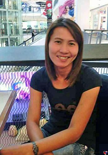 Nucharee bei Thaifrau.mobi