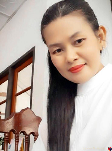 Photo of Thai Lady Nual,