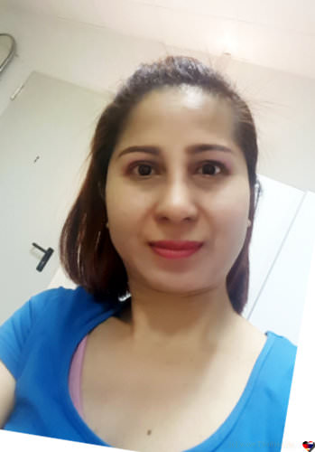 Photo of Thai Lady Chom,