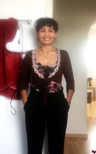 Thaikontaktanzeige von Som,                             64 Jahre