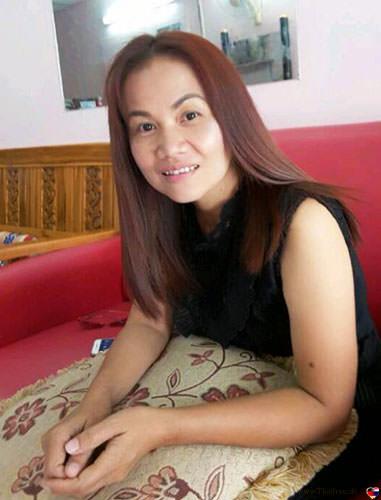 Chayarat bei Thaifrau.mobi